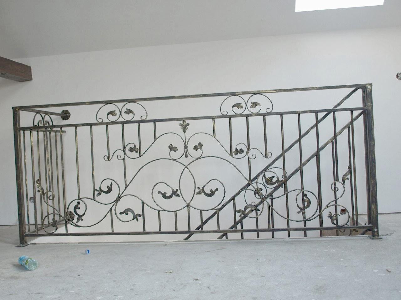 remont starego domu balustrada kuta metaloplastyka schody murator