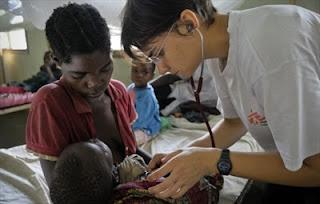 Foto da atuação dos Médicos sem Fronteira no Congo