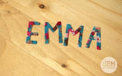 SRM Stickers Blog - Personalized Baby Bag by Lorena - #linenbag #floralribbon #babybag #giftbag #DIY