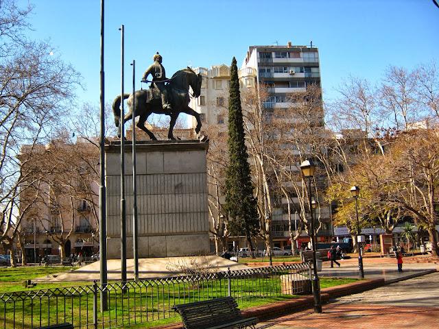 Monumento Montevideo uruguay Lavalleja plaza de los bomberos
