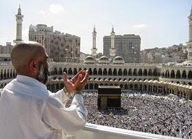 Hukum Foto Selfie Jamaah Haji & Umroh