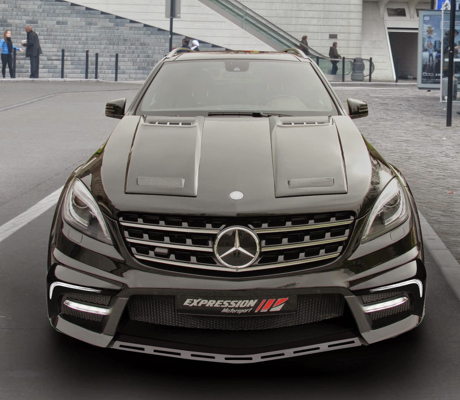 Supercars show mercedes benz ml w166 by expression for Mercedes benz ml accessories