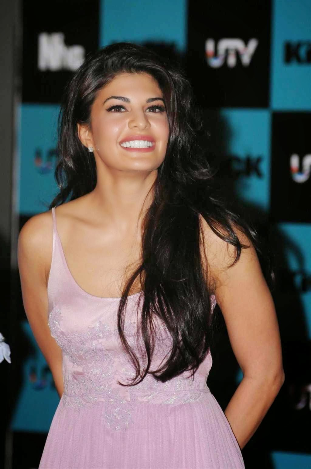 Jacqueline-Fernandez -Kick-Movie-Hot-Actress-Photos-PhotoFunMasti