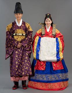 kostum baju adat korea