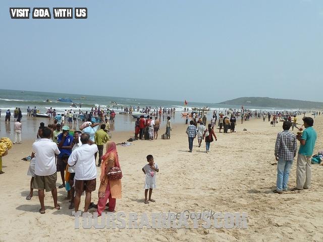 Calangute Beach Tourist Goa India. tour india, travel India, Memorable tour india