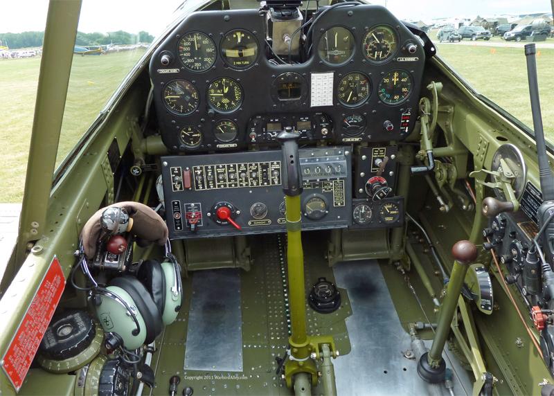 MODEL NEWS: P-40 WARHAWK Trumpeter 1/32