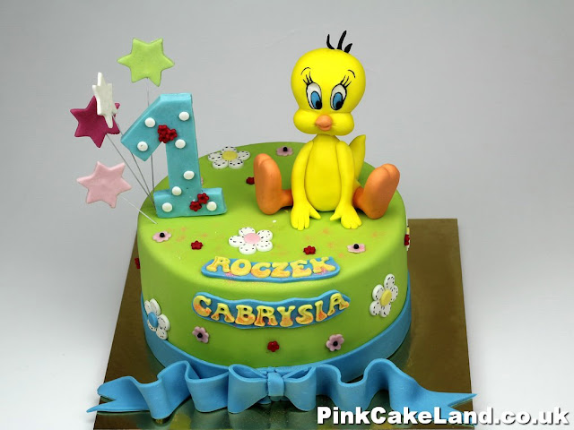 Tweety Birthday Cake in London