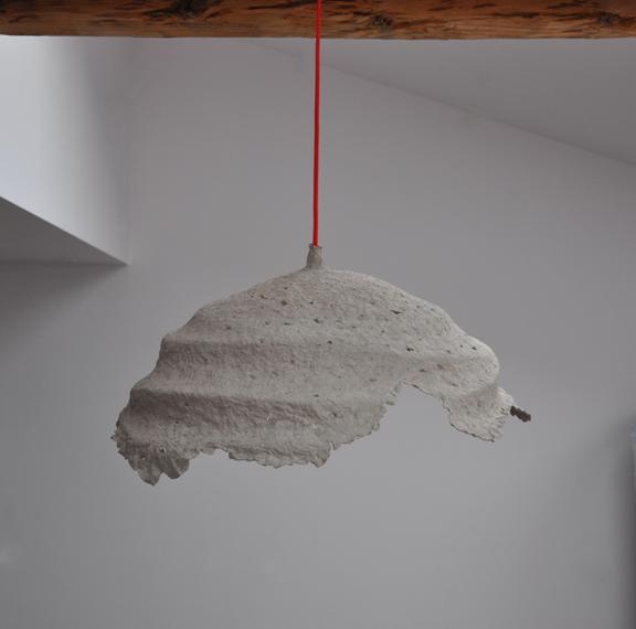 Second life of objects spirala paper pulp pendant lamp for Making paper pulp sculpture