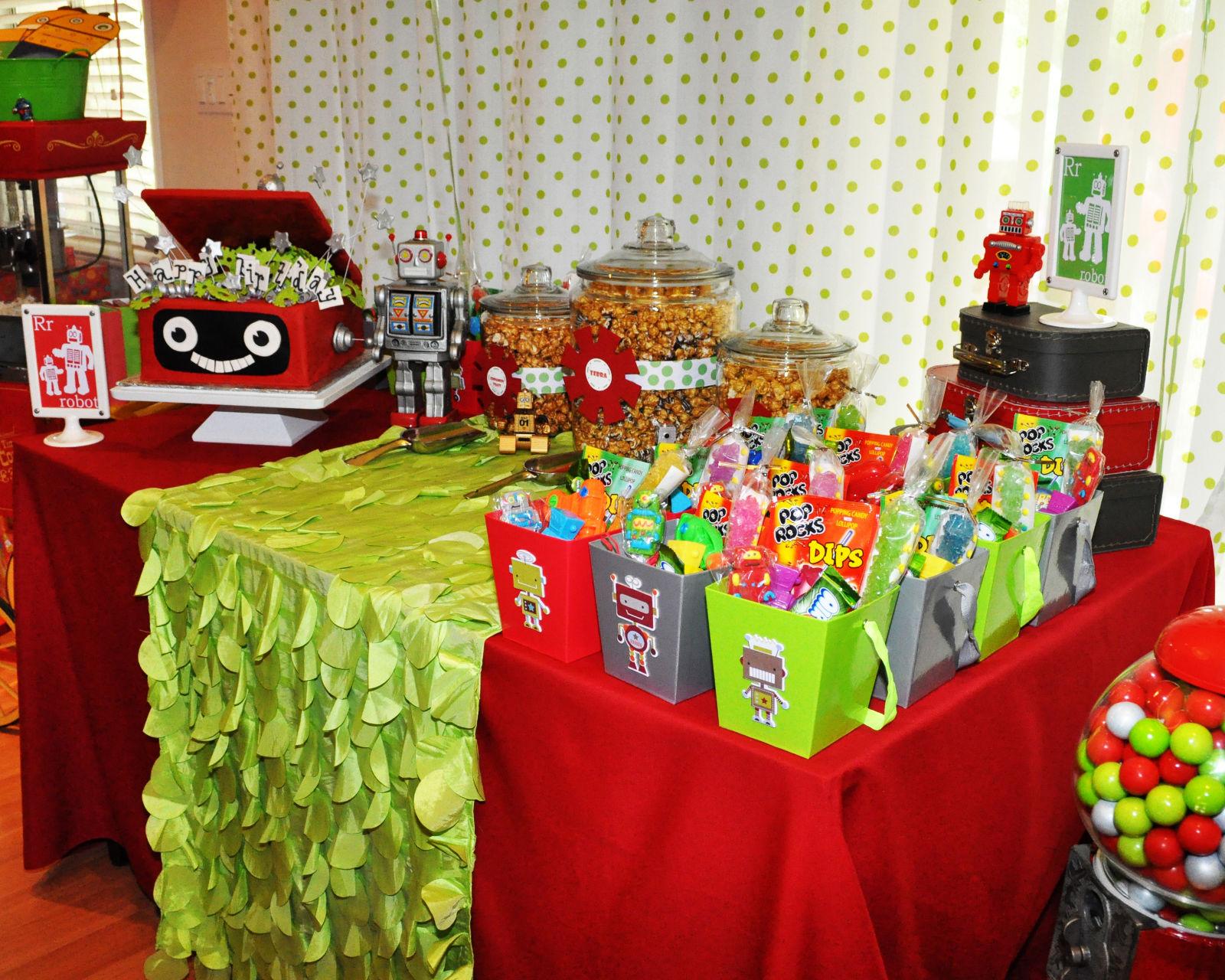 Robot Birthday Decorations: Robot & Rockets Birthday Party