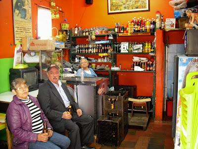 A bog-standard, satisfyingly simple Bogotá tienda bar.