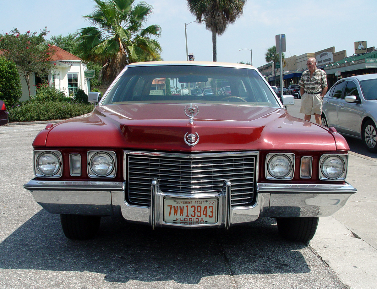 old hippie willie: Doug Young's 1972 Cadillac wagon. Way cool.