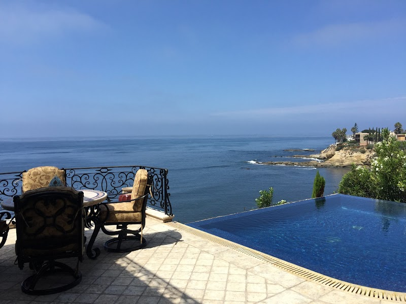 Our Property Pick Of The Week Comes With An Infinity Pool | Lower Hermosa