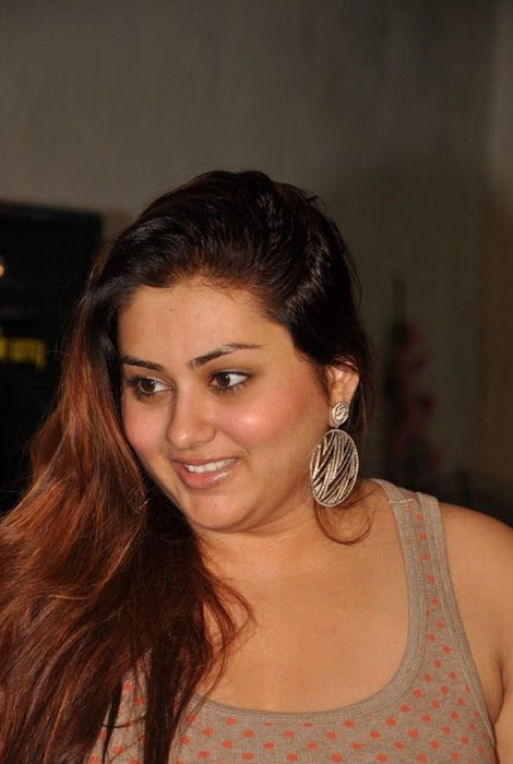 namitha at cherrybit launch glamour  images