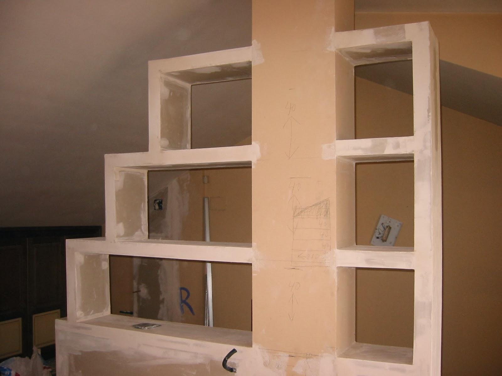 Estanteria de pladur y puerta corredera de cristal - Estanterias pladur ...