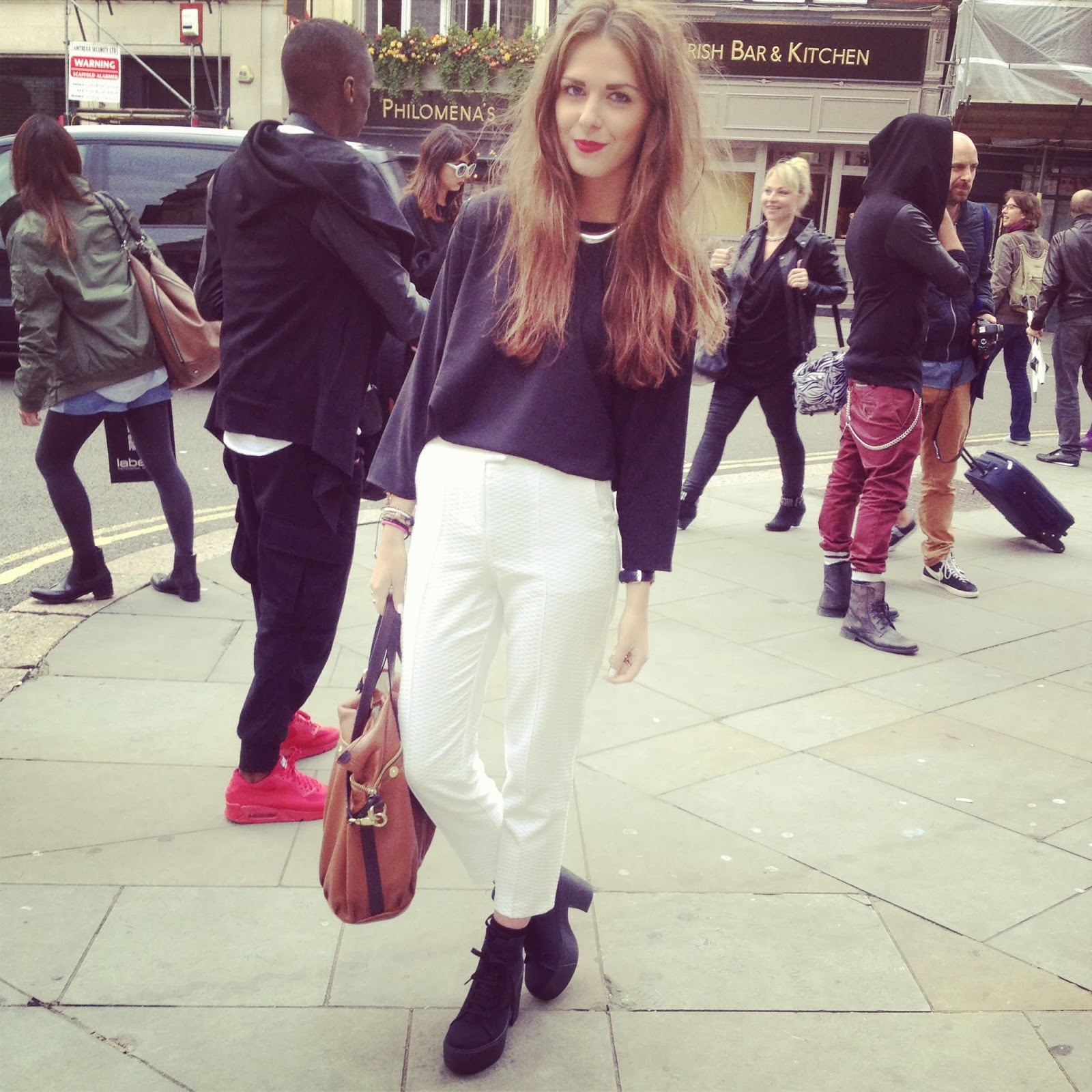 BLOGGER_OUTFIT_FOR_LONDON_FASHION_WEEK
