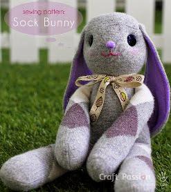 http://translate.googleusercontent.com/translate_c?depth=1&hl=es&rurl=translate.google.es&sl=en&tl=es&u=http://www.craftpassion.com/2014/03/sock-bunny-lop-eared.html/2&usg=ALkJrhh_GcDtavZKdovIWPIN_0UZJ51-zA