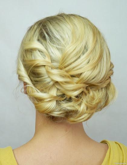 fryzura ślubna 26