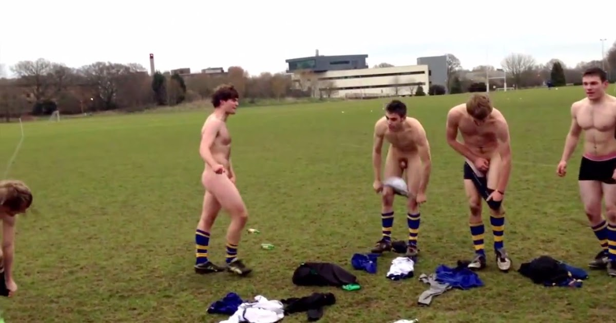 Hot men in their pants.: Straight Men Getting Naked