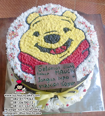 Kue Tart Winnie The Pooh Blackforest Daerah Surabaya - Sidoarjo