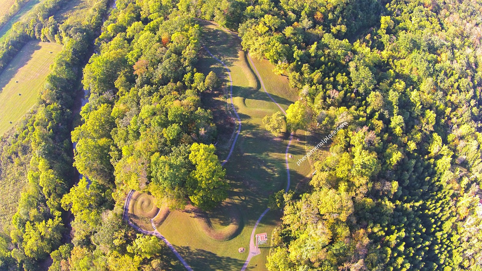 Serpent mound ohio ancient aliens places on the planet you aerial view of serpent mound in peebles ohio buycottarizona
