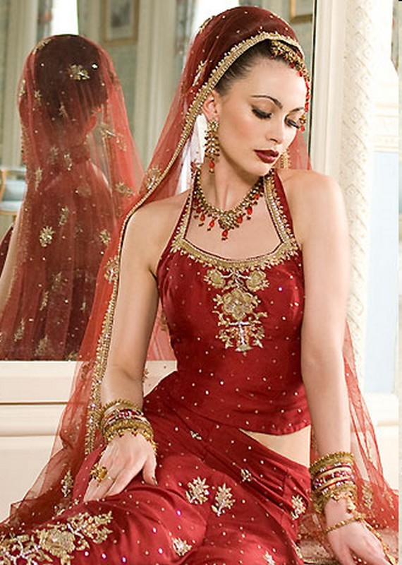 Traditional And Modern Wedding Saree From Indian