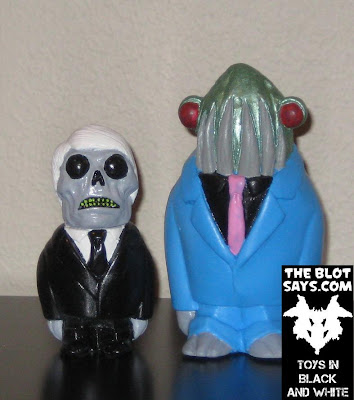 Toy Review: Kickstarter Edition Morgon XL Resin Figure & Black & White Formaldehyde Face Resin Figure by Motorbot