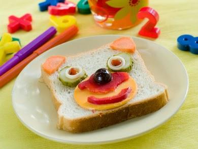ide makanan lucu untuk anak susah makan ~ roti anjing doggie