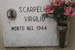 CIMITERO DI RANICA LA LAPIDE IN MEMORIA DI VIRGILIO SCARPELLINI DI 19 ANNI