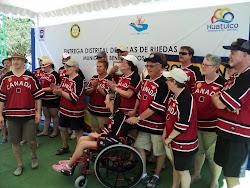 Los Rotarios del club Sylvan Lake; Canadá