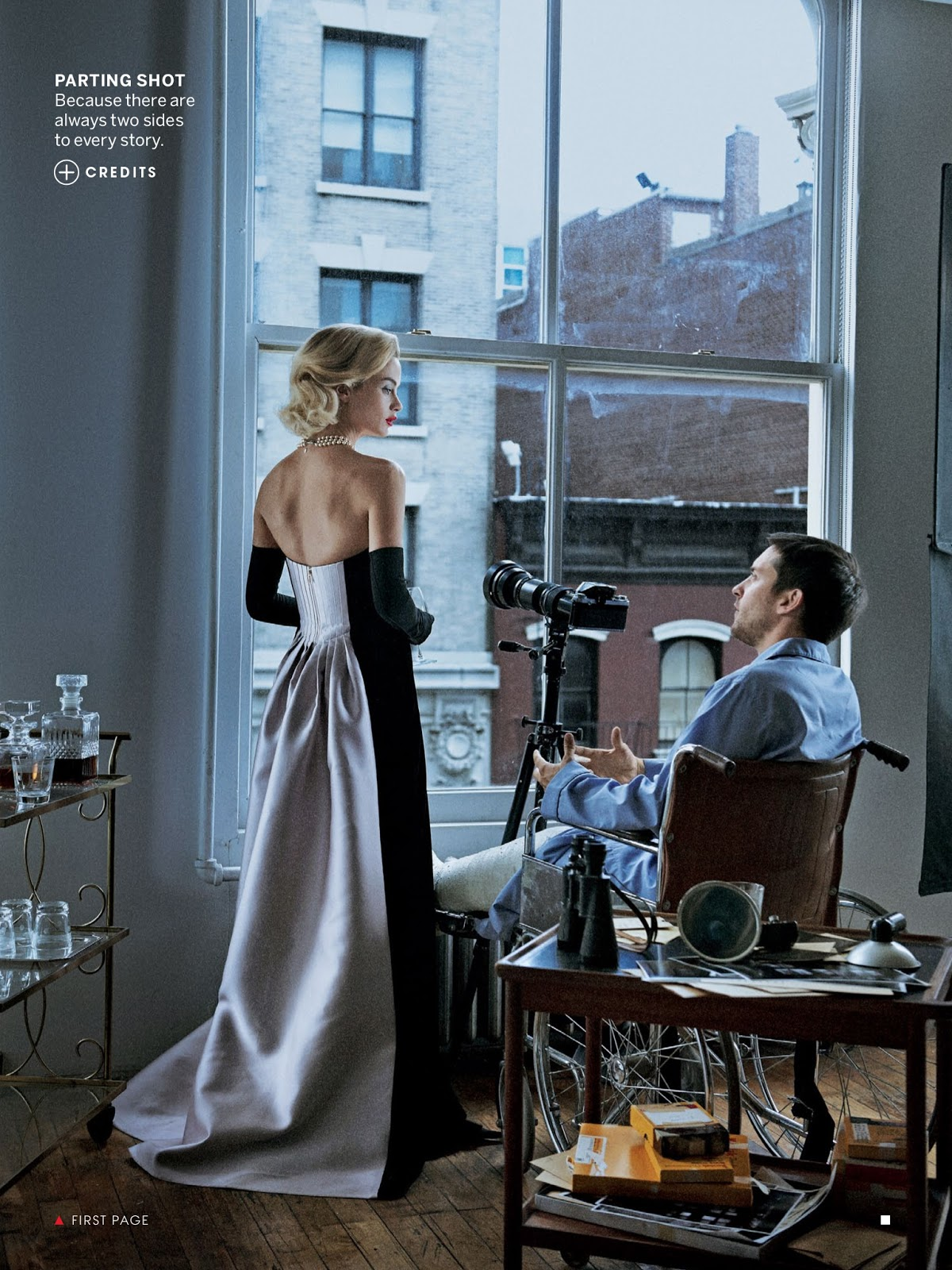 Window dressing tobey maguire carolyn murphy laurie for Window dressing