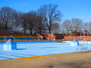 Pay A Visit Sunset Park Pool In The Winter