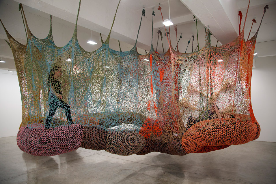 Crochet Philippines: Crochet as Art: Ernesto Netos Crochet ...