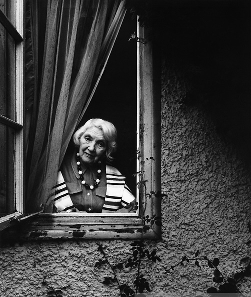 jean rhys Jean rhys (1890-1979) is best known for her novel, wide sargasso sea, which  was published in 1966 when she was 76 rhys's life was profoundly marked by.