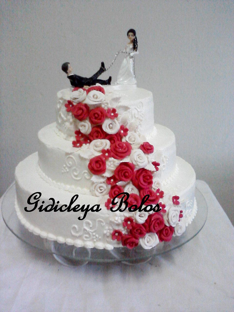 Bolos Decorados com Chantilly