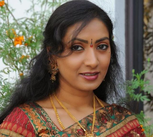 Aamani HD Wallpaper