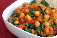 Curry de Grão-de-Bico com Tofu Defumado (vegana)