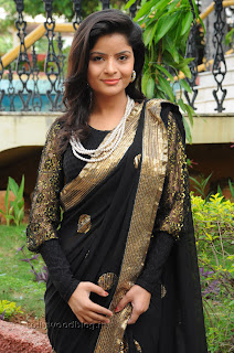 Gehana Vasista in black saree Pictures 003.jpg