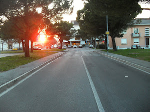 Sole in fronte da piazza Marconi.