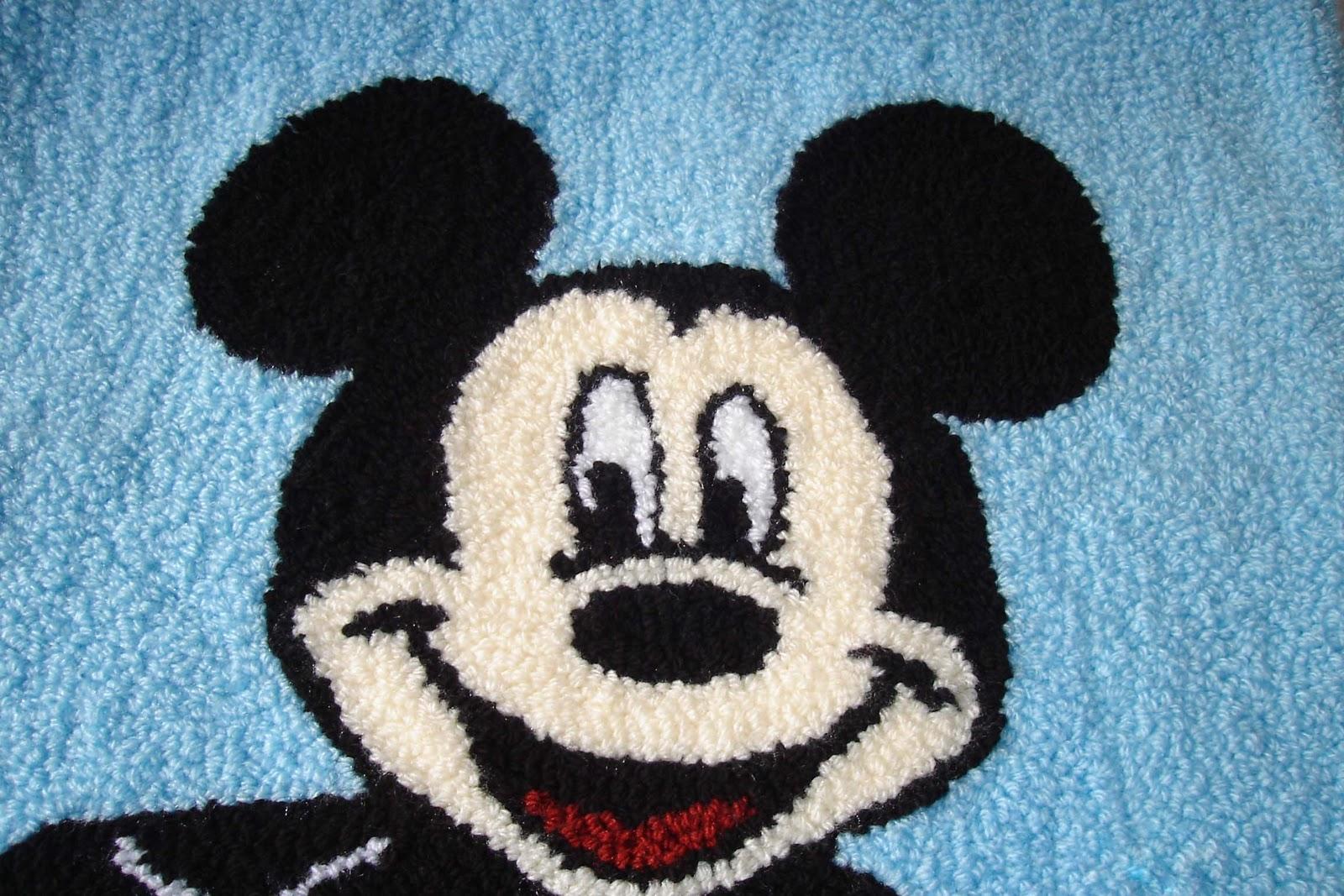 sk cria es agulha m gica 01 tapete mickey mouse. Black Bedroom Furniture Sets. Home Design Ideas