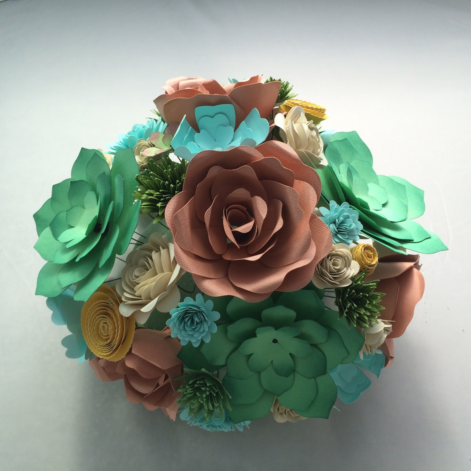 Special Delivery by Jackie: Paper Flower Wedding Decor