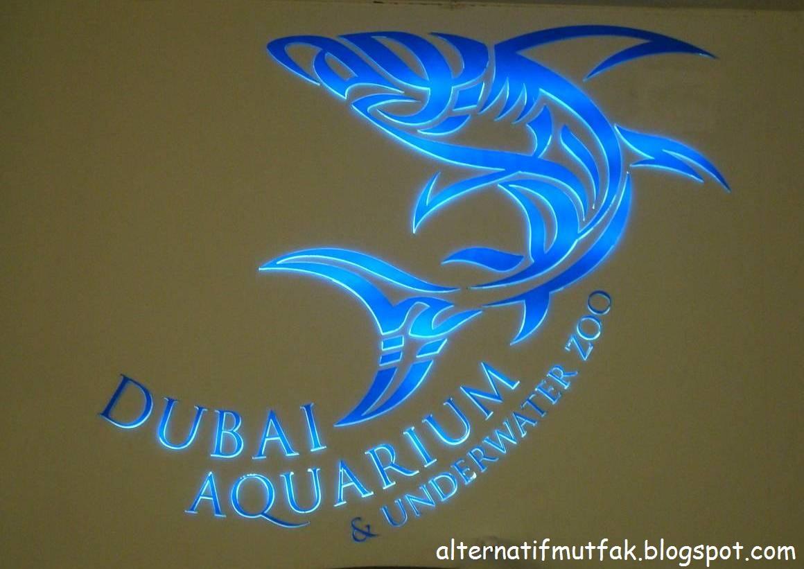 Dubai akvaryumu ve su altı hayvanat bahçesi dubai mall içinde