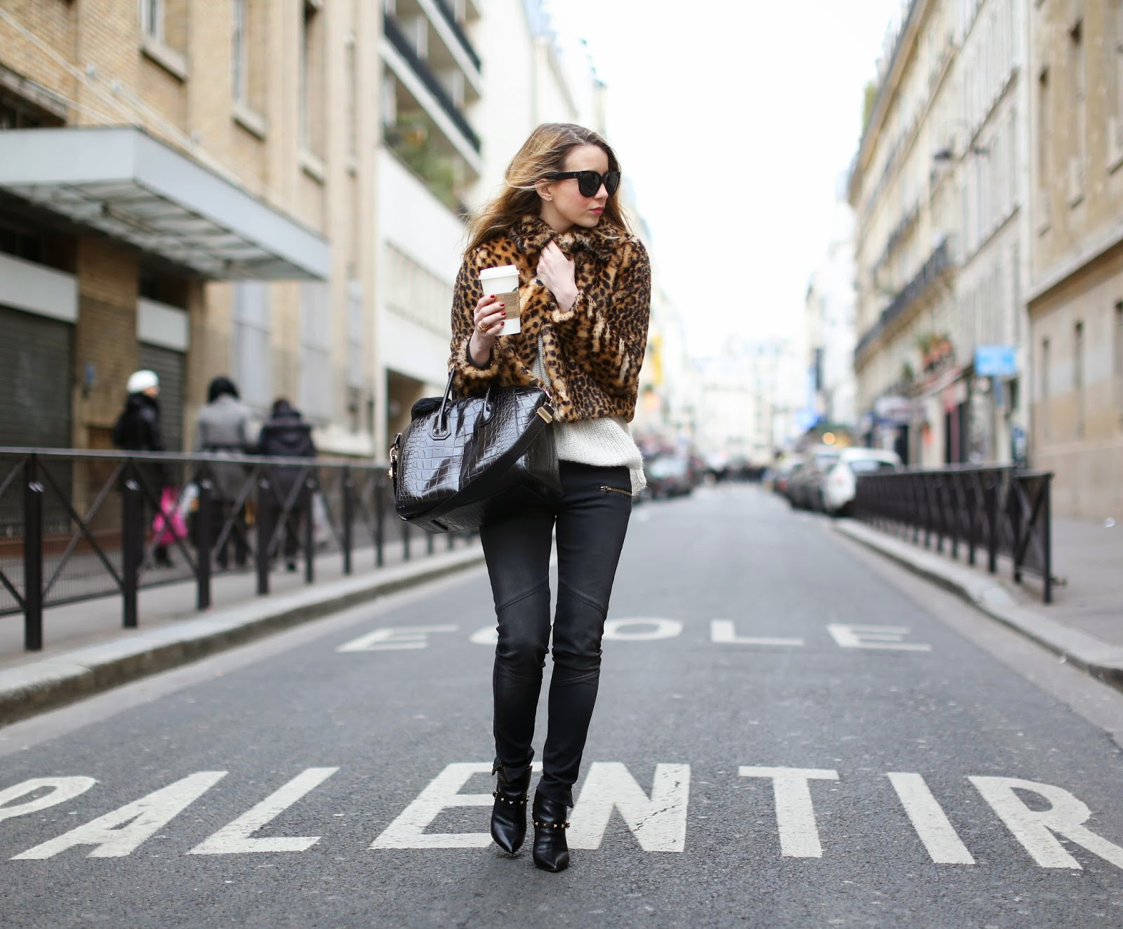 leopard, zara, faux fur, superfine, valentino, givenchy, streetstyle, fashion blogger, paris