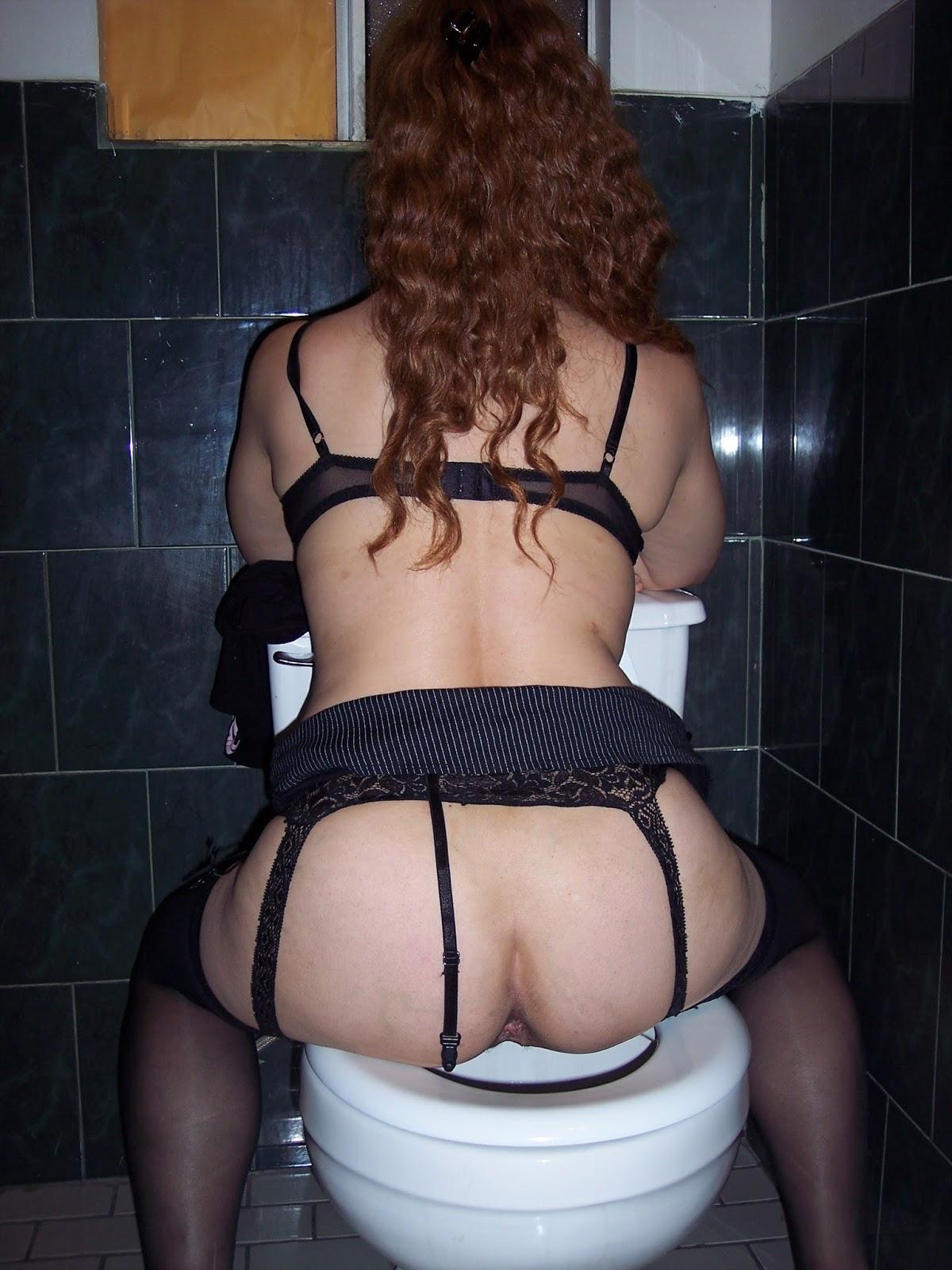 A esta puta francesa le gusta que la torturen - 2 4