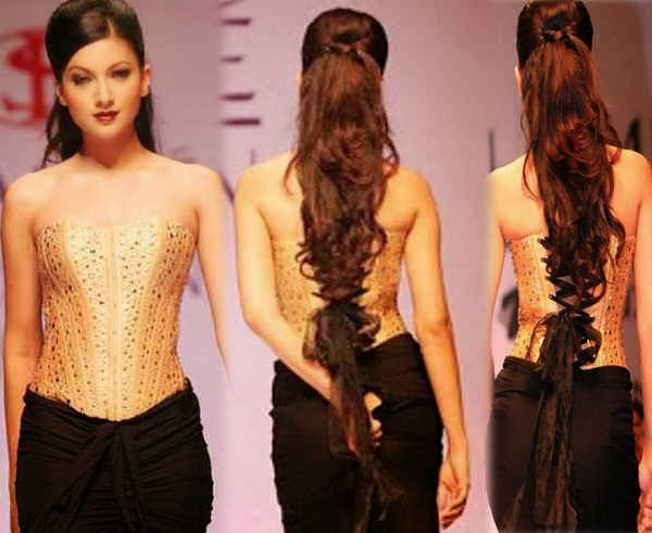 Bollywood Actresses Wardrobe Malfunctions Gauhar khan