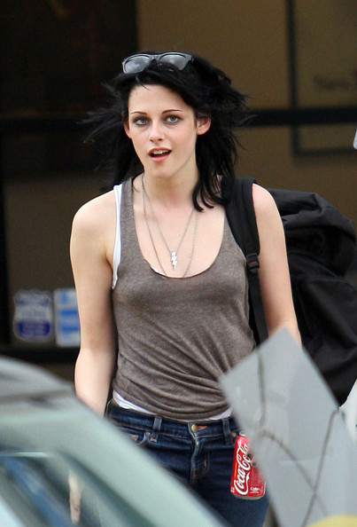 kristen stewart wallpapers high resolution. kristen stewart wallpapers