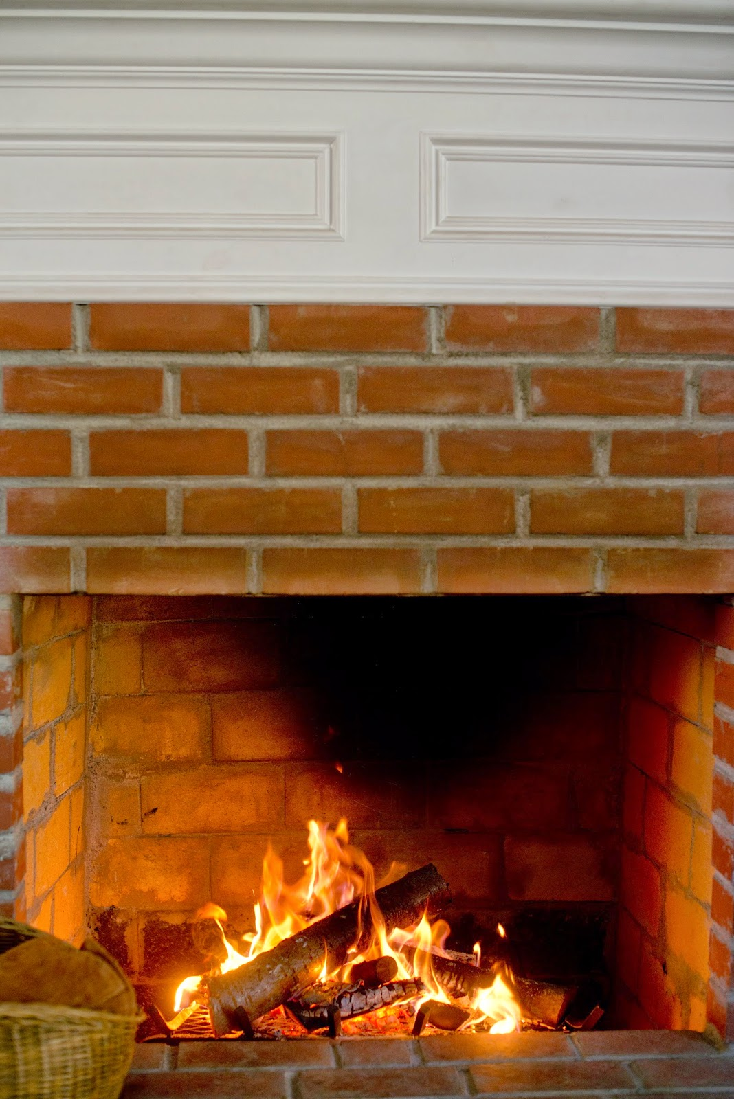 Domestic Fashionista: Our Fireplace Finished