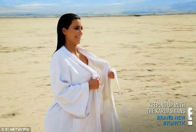 Foto Topless Kim Kardashian