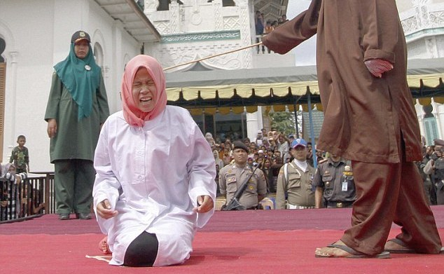Woman-Whipped-Publicly-In-Indonesia-Under-Sharia-Law