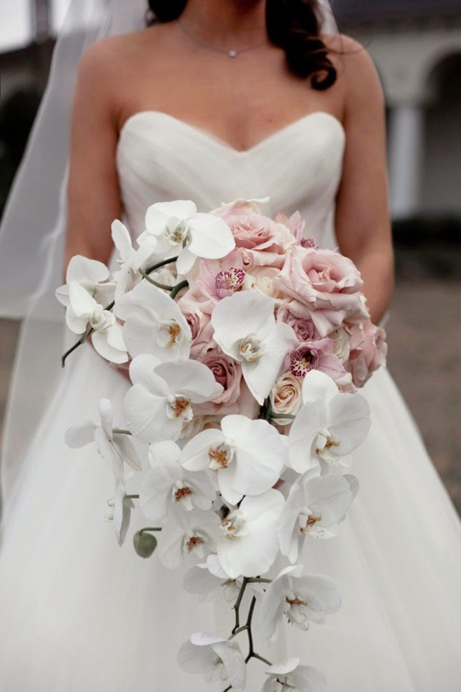 Best Wedding Bouquets of 2013 - Belle the Magazine . The Wedding