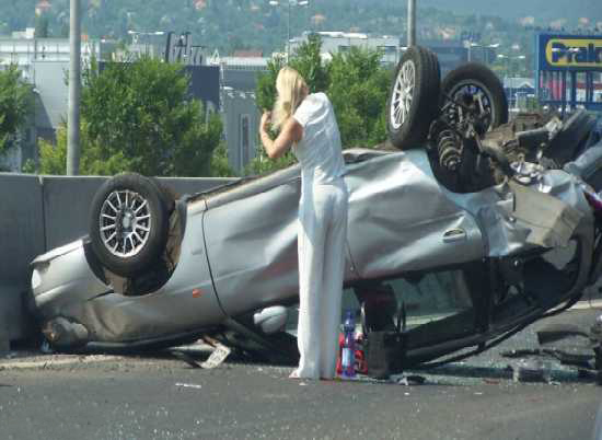 Funny Image Collection: Funny Car Accidents Pictures in ...: http://funnyimagecollect.blogspot.com/2012/01/funny-car-accidents-pictures-in-worlds.html